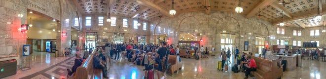 波特兰,俄勒冈- 2017年8月21日:城市火车stat全景  免版税库存图片