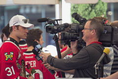 波特兰Winterhawks冰球球员被采访 免版税库存图片