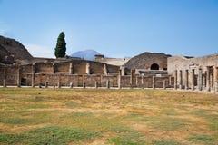 波纳佩,波纳佩的挖掘 历史的罗马废墟在意大利 免版税库存图片