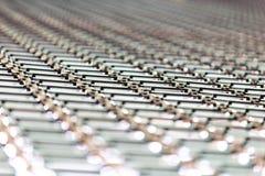 波纹状的锌板材屋顶背景 免版税库存照片