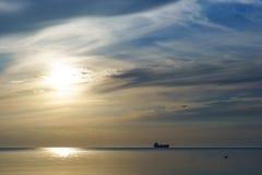 波罗的海的日落 库存图片