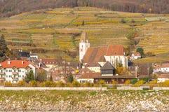 波美丝毛狗,下奥地利州,奥地利2015年11月:Sp的哥特式教会 库存照片