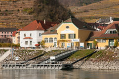 波美丝毛狗der Donau是低落奥地利状态的一个集镇  免版税库存照片
