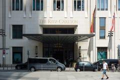 波茨坦广场的丽思卡尔顿旅馆 库存图片