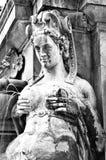 波隆纳意大利分泌乳汁美人鱼雕象 免版税库存图片