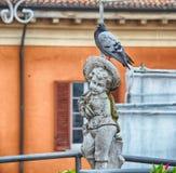 波隆纳,意大利:都市建筑学在市中心 免版税库存照片