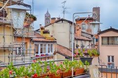 波隆纳,意大利:都市建筑学在市中心 免版税图库摄影