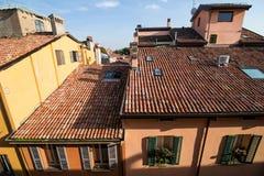 波隆纳,意大利- 2017年10月:全视图城市街道和波隆纳的中世纪中心 图库摄影