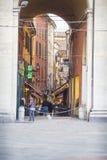波隆纳,意大利- 2016年3月05日, :街市str的全视图 库存照片