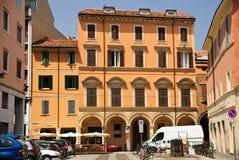 波隆纳,意大利-都市风景,老镇中心 库存照片