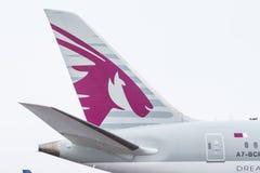 波音787卡塔尔航空航空公司,机场普尔科沃,俄罗斯,圣彼德堡2017年12月19日 库存照片