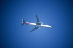 波音777-300, HS-TKB泰国空中航线TG103  图库摄影