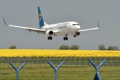 波音737-300 免版税图库摄影