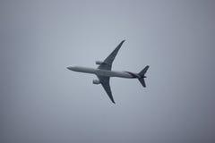波音777-300 HS-TKO TG103 免版税库存照片