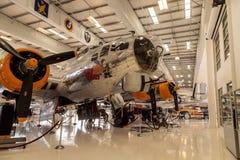 波音B-17飞行堡垒飞机告诉了挑剔者 免版税库存照片