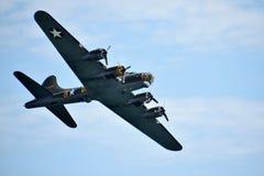 波音B-17F飞行堡垒 免版税库存图片