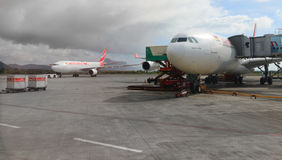 波音B777 300/200 LR宣扬毛里求斯 图库摄影