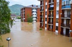 洪水波黑 免版税库存照片