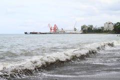 水泥工厂港口  免版税图库摄影