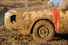 泥泞的汽车 免版税图库摄影