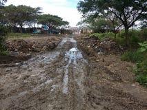 泥泞的路 图库摄影