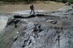 泥火山起泡 库存图片