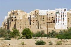 泥砖塔安置希巴姆镇, Hadramaut谷,也门 图库摄影