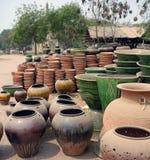 泥罐在Bagan,缅甸 免版税图库摄影