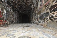 注册石头修造了隧道。 免版税库存图片