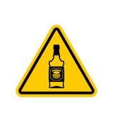 注意酒精 瓶在黄色三角的威士忌酒 路si 皇族释放例证