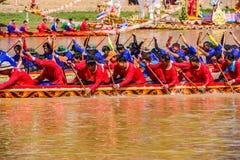 泰国传统长赛艇 免版税库存图片