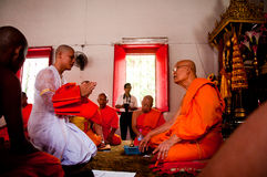 泰国佛教仪式的整理 免版税库存图片