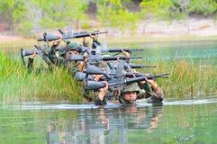 泰国军队野外训练 免版税库存图片