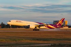 泰国国际航空空中客车A350-941 库存照片