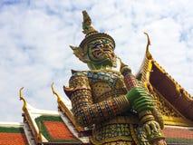 泰国寺庙巨人  库存图片