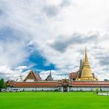 泰国寺庙是宗教活动的一个地方 免版税库存图片