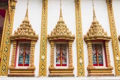 泰国寺庙窗口金子颜色 库存照片