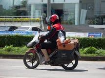 泰国岗位邮差和Motercycle  库存图片