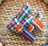 泰国工艺-织品在竹小条篮子的被编织的鱼 免版税库存图片
