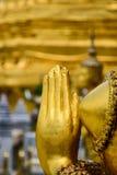 泰国文学女神雕象的手 库存照片
