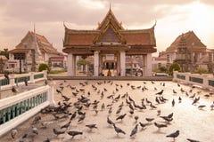 泰国曼谷WAT KALAYANAMIT 免版税图库摄影