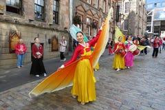 泰国服装在爱丁堡 免版税库存照片