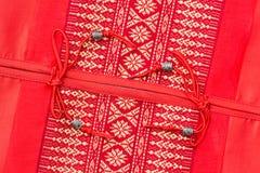 泰国样式丝绸坐垫枕头纹理盖子 免版税库存图片
