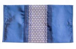 泰国样式丝绸坐垫枕头纹理盖子 库存图片