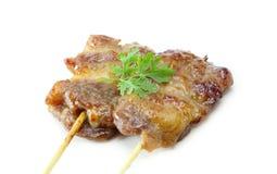 泰国样式在白色背景的烤猪肉 免版税库存照片