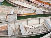 泰国样式木头小船 免版税库存照片