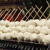 泰国样式格栅肉丸 免版税库存图片