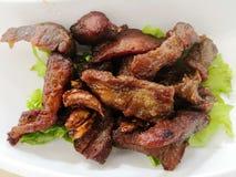 泰国样式油煎的猪肉 免版税库存图片