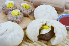 泰国样式猪肉小圆面包 免版税库存图片