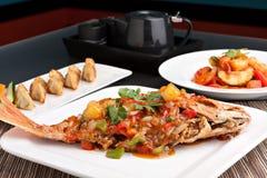 泰国样式红鲷鱼介绍 免版税库存图片